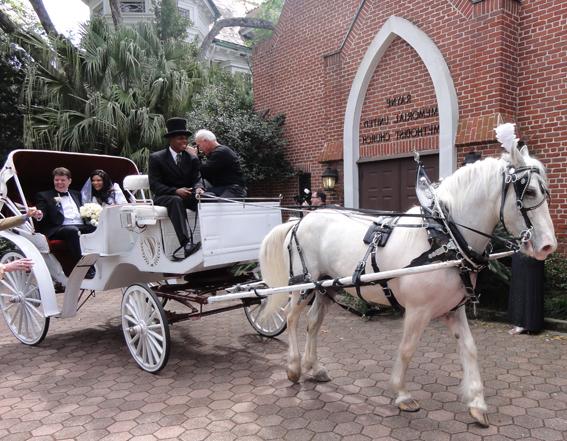 food truck et voiture pour votre mariage en pays de brest - Location Carrosse Mariage