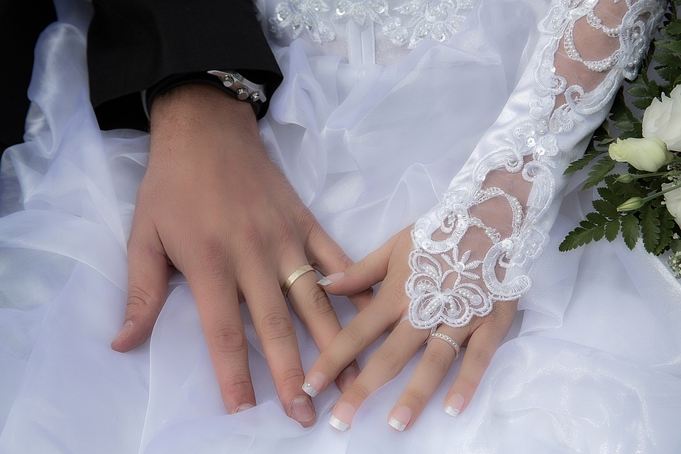 bijouterie bague de fian ailles alliance mariage. Black Bedroom Furniture Sets. Home Design Ideas