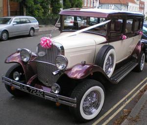 ccommons-Wedding_car_oldtimer